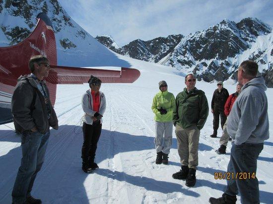 Talkeetna Air Taxi : On glacier