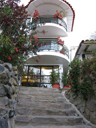 Encantada Casa Boutique Spa: Outside of the Hotel
