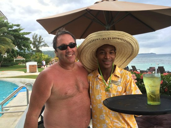 Secrets Wild Orchid Montego Bay: Leo at the pool never disappointed with the perfect drinks and service!!