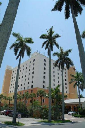 Residence Inn Delray Beach: Hotel exterior