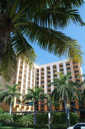 Residence Inn Delray Beach : View form over the road
