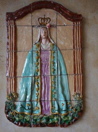 San Carlos Borromeo de Carmelo Mission : tile art work on exterior of part of the Carmel Mission complex
