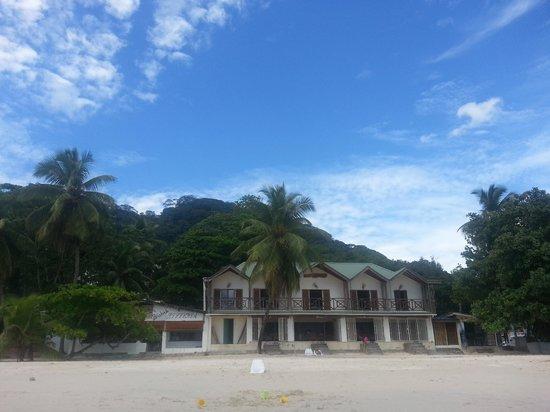 Clef Des Iles, beach front view!