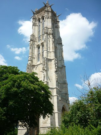 Tour Saint-Jacques: Torre Solitária