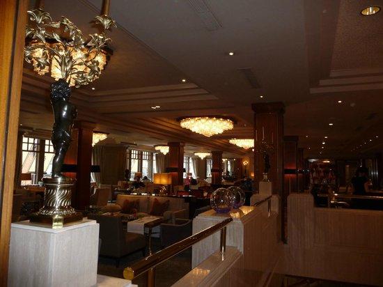 The Westbury: Lobby