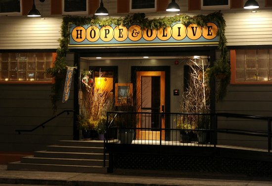 Hope and Olive: Seasonal Door