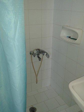 Studios Irene: Shower