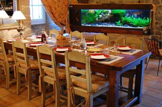 Maison d'hôtes Porte de Besse : la table d'hôtes