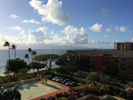 Ka'anapali Beach Club : Suite w/ partial ocean view