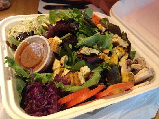 Green Room Cafe: Huge salad - Driftwood by name