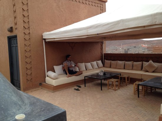 Riad Bouchedor: Terrace lounge