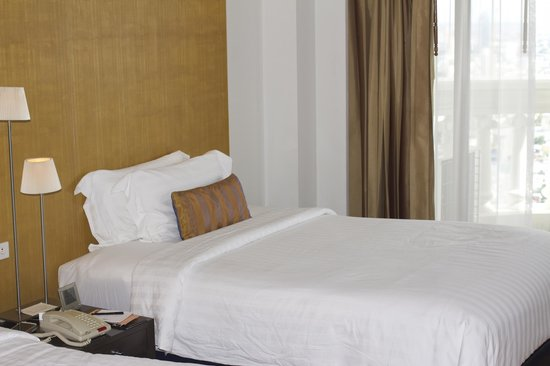 lebua at State Tower: bedroom