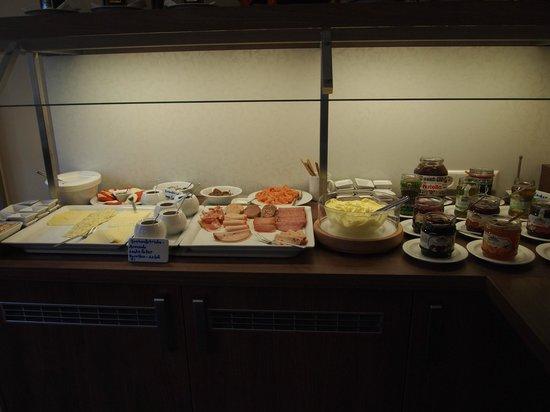 Hotel Am Grossen Waisenhaus: Buffet Breakfast
