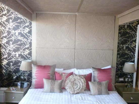 Best Western York House Hotel: four poster !