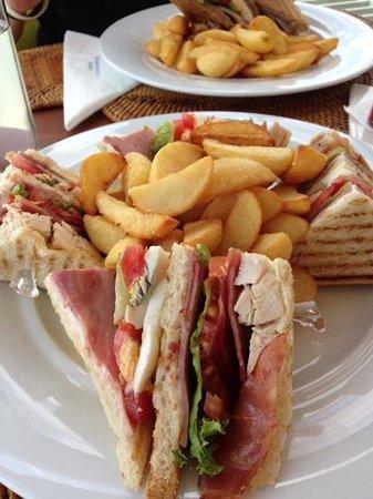Metropolitan Hotel: Lunch på takterassen