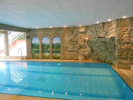 Hostellerie des Chateaux & Spa: Piscine