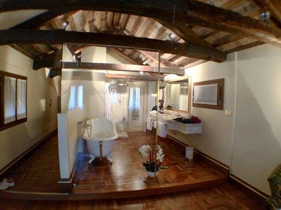 Hotel Ai Reali di Venezia: Bathroom for Room 314