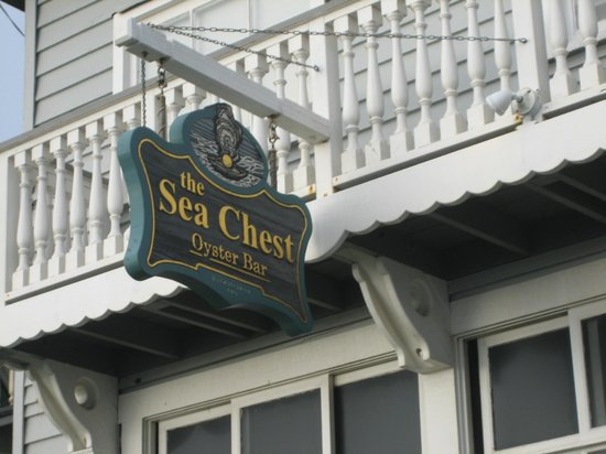 Sea Chest Oyster Bar : Sea Chest restaurant