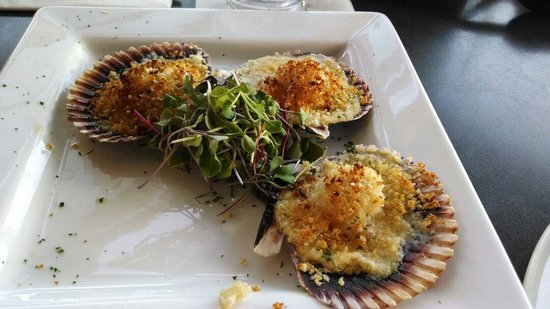 Lobster Pot: Baked Scallops Au Gratin (5 come in the plate)