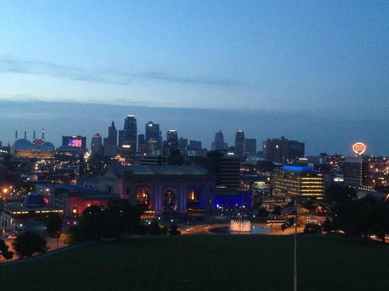 National World War I Museum and Memorial : The Amzing KC Skyline