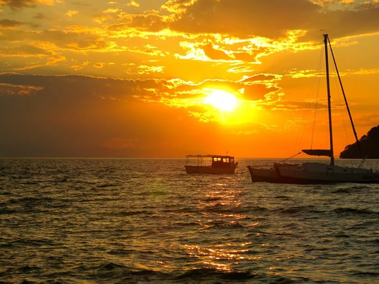 Danforth Yachting: Beautiful sunset