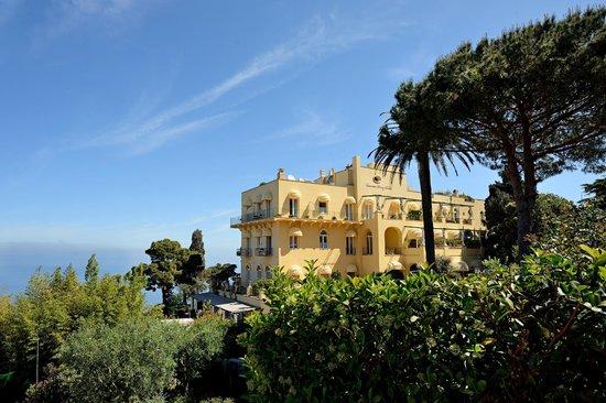 Caesar Augustus Hotel: View from California rooms