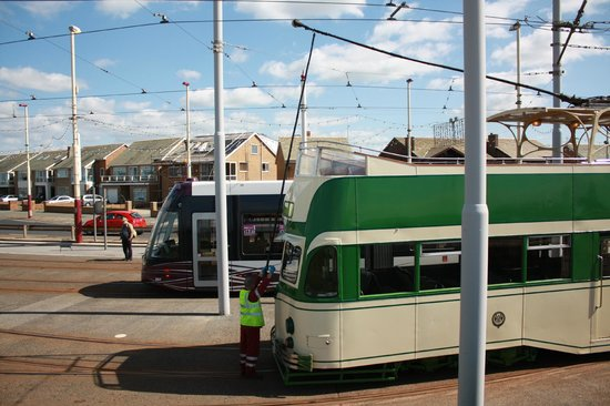 "Blackpool Tramway: Iconic and Loved Princess Alice ""open top balloon"" enters depot"