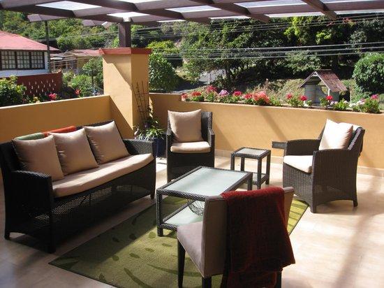 Casa de Montana Bed & Breakfast: the upstairs terrace