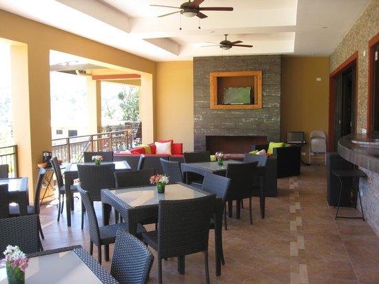 Casa de Montana Bed & Breakfast: dining area