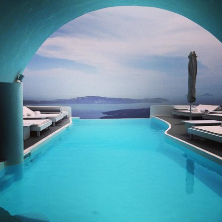 Chromata Hotel : Infinity Pool