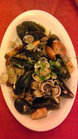 Trattoria A Pignata: Frutti di mare
