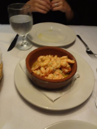 La Esquina de Buenos Aires: Shrimp appetizer was really good