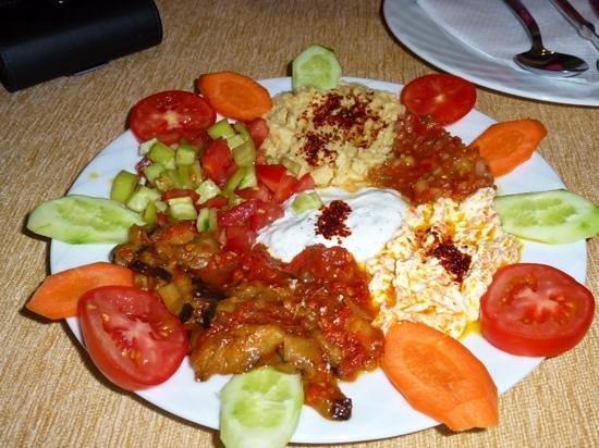 Ayasofya Kebab House: Mix d'entrées turques