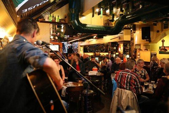 The Old Storehouse Bar & Restaurant: 1