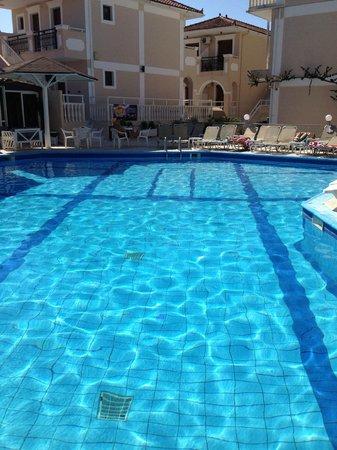 Tzante Hotel: The pool!