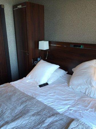 Hotel Ambassadeurs : le lit très confortable