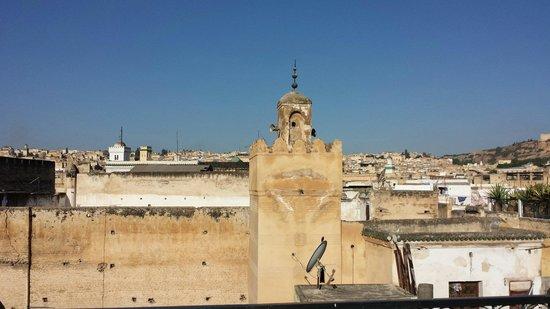 Riad Kettani: Hoor de lokroep van de minaretten!