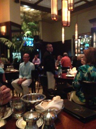 Joe's Seafood, Prime Steak & Stone Crab: Interior