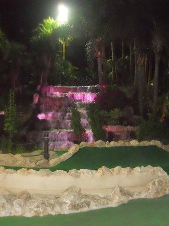 Golf Fantasia: at night