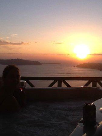 Anastasis Apartments: sun set drinks