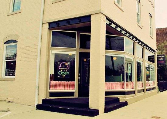 St Louis Street Soda Shop