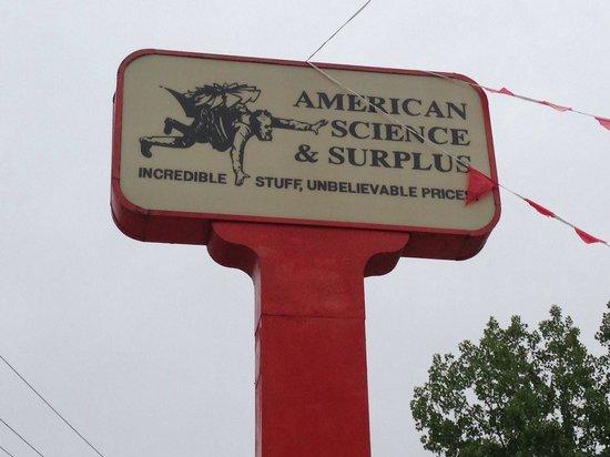 American Science & Surplus: Best little store!!!