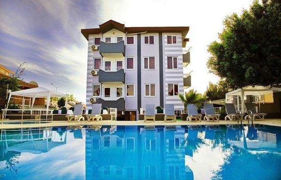 Saga Suite Hotel & Apartments