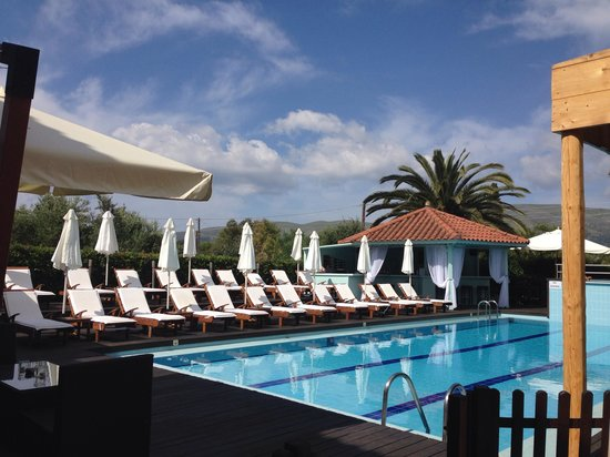 Agrilia Hotel: Pool view