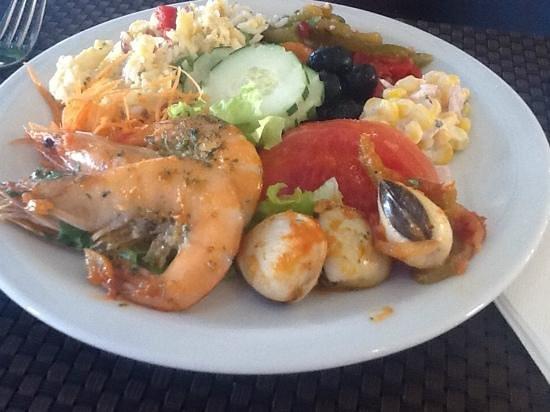 Luna Clube Brisamar: superb meals everyday May 2014