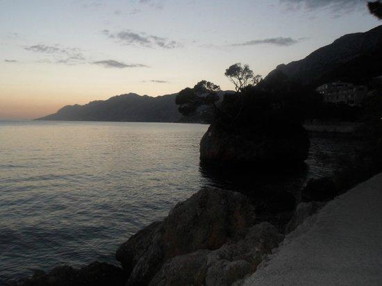 Bluesun Hotel Soline: Amazing sunsets on evening walks