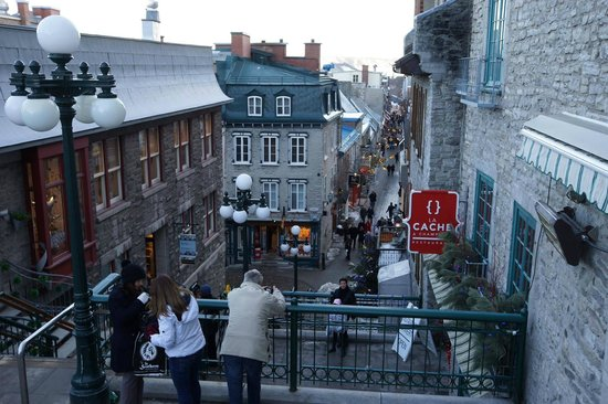 Old Quebec: Popular Photo Spot