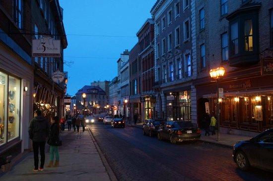 Old Quebec: City Lights