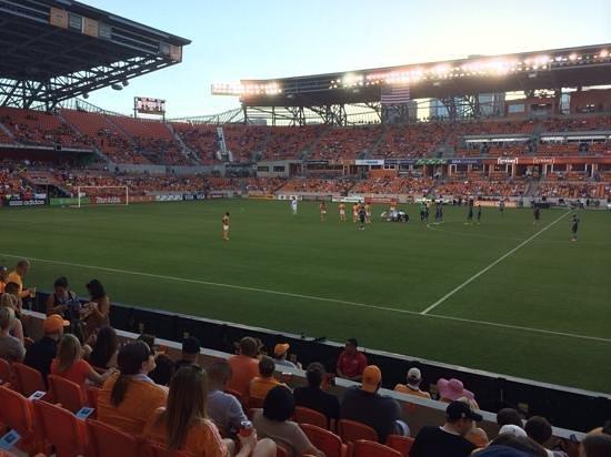 BBVA Compass Stadium: good atmosphere