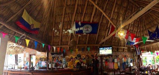 """Viva Zapata : Las banderas de los países representan mucho de la esencia del lugar, del """"mood"""" percibido, de l"""